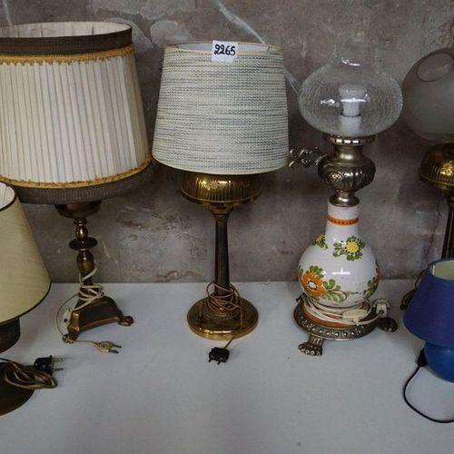 6 DIVERSE LAMPADAIRES null