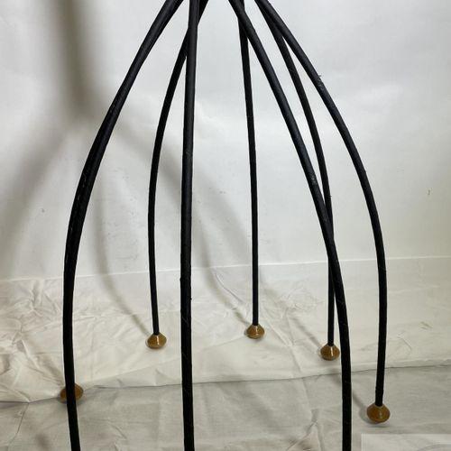 Steel coat rack circa 1980. TBE. H 160 X 55 cm