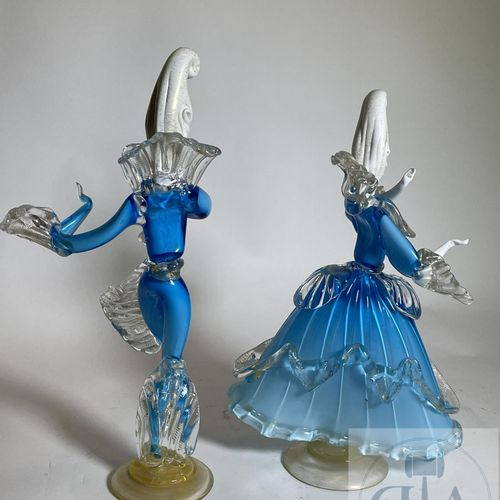 Couple of characters marquis marquise masked, dancing. Beautiful quality of exec…