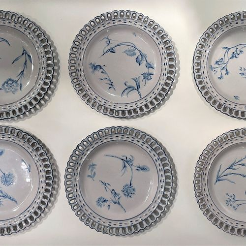Set of 6 earthenware plates with openwork edges and decorated by paintings with …