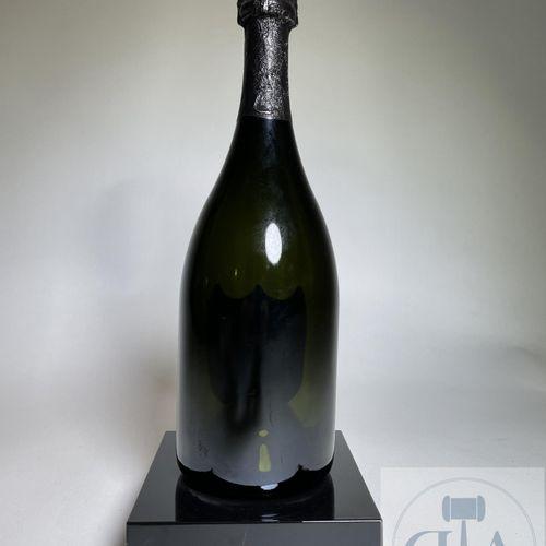 Illuminated advertising bottle for Dom Pérignon around 2000. Rare. TBE