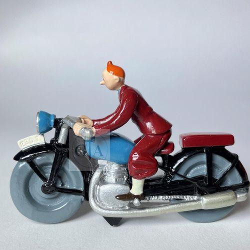 """Hergé/Tintin. Ref Pixi 4512 """"Tintin à moto"""". Tiré de l'album """"Le sceptre d'Ottok…"""