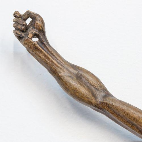 An antique wood sculpture of a corpus, 18th century. (9 x 35 x 50 cm)