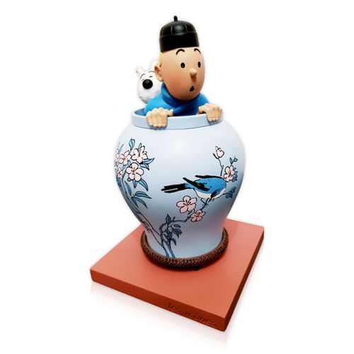 """HERGE """" Tintin """" The vase  Resin statuette  Moulinsart / Icons Collection , 2017…"""