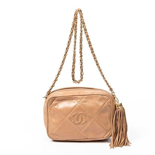 CHANEL Pre Loved Chanel Camera Tassel Bag in Beige Large Quilted Leather. Gold h…