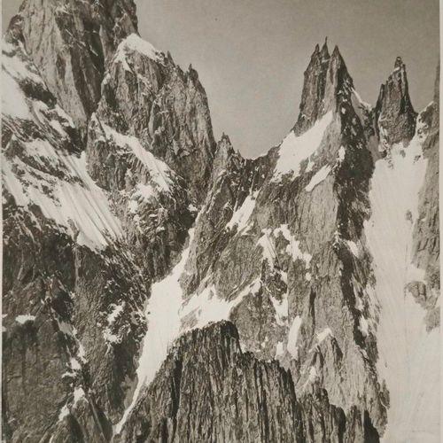 BREGEAULT (H) La Chaine du Mont Blanc.. Paris, Almine, 1928. In 4, dem. Maroquin…