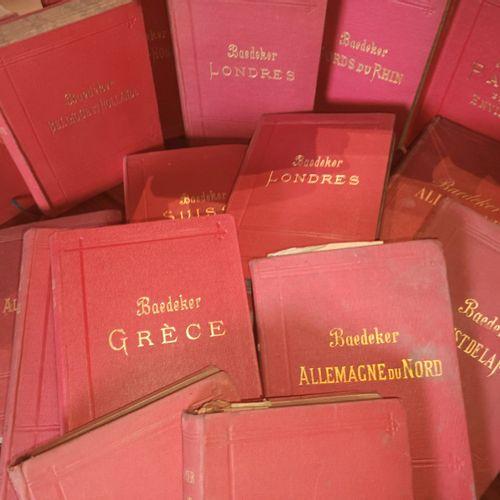 BAEDECKER. Ensemble de 17 volumes de cette célèbre collection. Bon état.