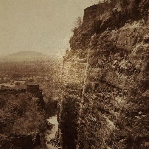 DAUPHINE Ensemble de 5 photographies vers 1880. Cours de la Romanche, La rampa …