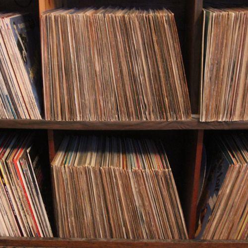 Important lot of vinyl.