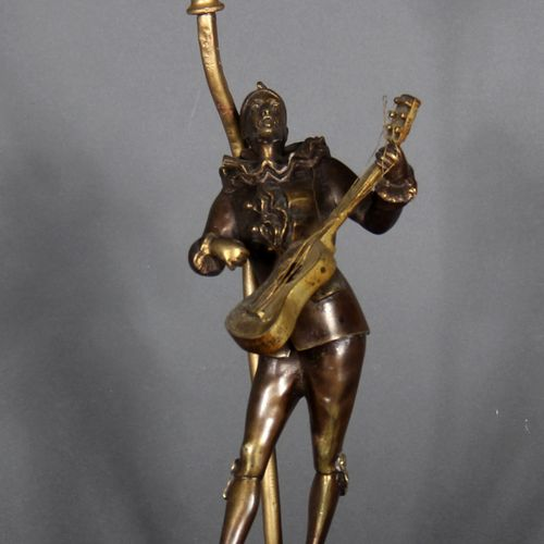 Louis Mascré (1871 1929) after  Pierrot with a mandolin.  Sculpture in bronze wi…