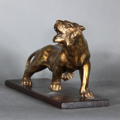 Modern school.  Tiger.  Sculpture in bronze with shaded golden patina on a recta…