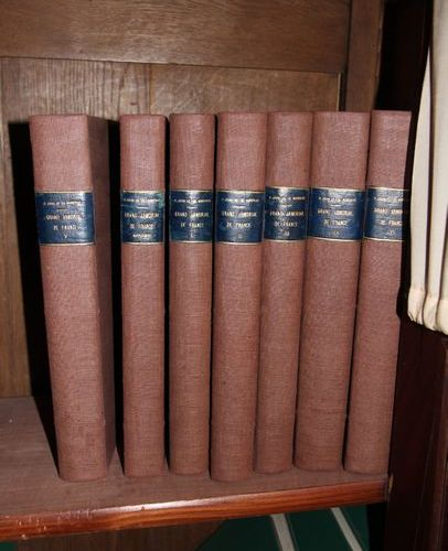 Lot de livres dont grand armorial de France (6 vol. + sup.)
