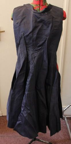 Anonyme travail de couturière modèle musette Robe en gazar marine (transformatio…
