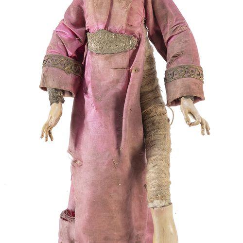 PASTORE DA PRESEPE, NAPOLI XIX SECOLO  raffigurante donna ricca, in ceramica, le…