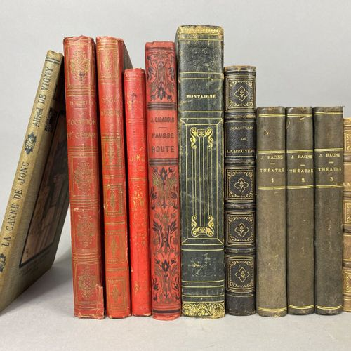 Littérature,  Lot composé de trente et un ouvrages,  traitant de poésie, littéra…