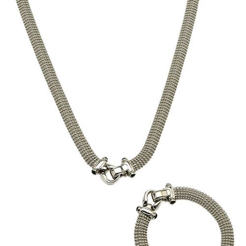 Adornment of a supple necklace and bracelet in white gold, composed of pearled l…