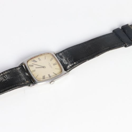 HERMÈS Paris, and UNIVERSAL GENEVA.  Men's wristwatch with slightly square dial …