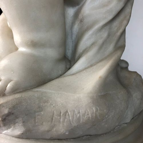 Fernand HAMAR (1869 1943).  Young love.  Sculpture in white marble, signed on th…