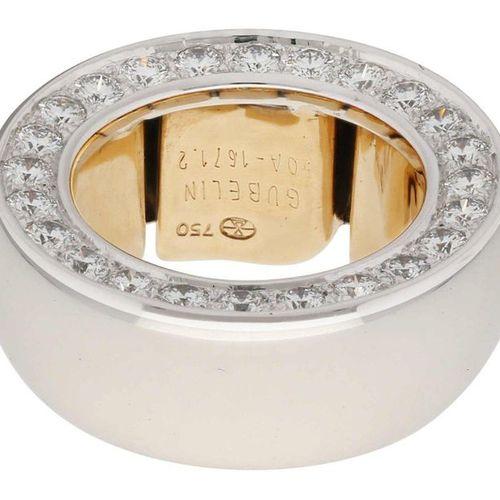 Gübelin diamond ring  Modern designer ring, signed Gübelin in yellow gold/white …