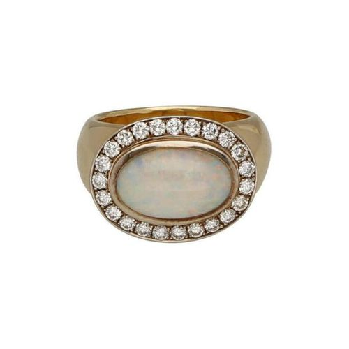 Opal diamond ring  Very nice piece of jewellery in yellow gold/white gold 18K.  …