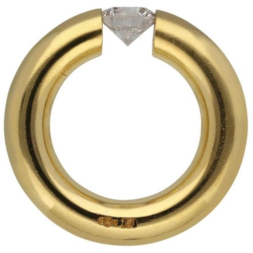 NIESSING diamond clamping ring  Decorative ring, signed Niessing, in yellow gold…