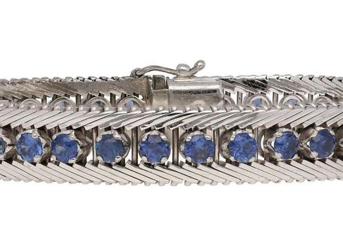 Sapphire diamond jewelry set  Elegant jewellery set, consisting of bracelet and …