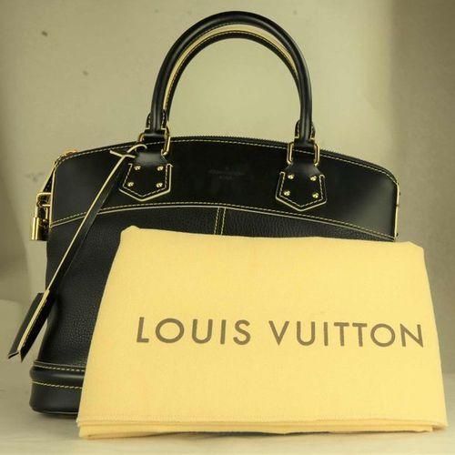 LOUIS VUITTON Handbag  Lockit M91875.  Classic by Louis Vuitton in black Suhali …