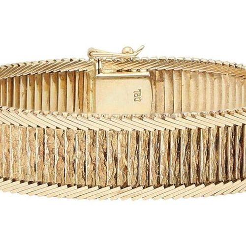Fantasy bracelet  Decorative bracelet in yellow gold 18K.  Front side centrally …