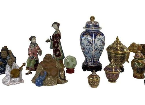 Porcelain and figurine collection, various manufactories  porcelain figurines as…