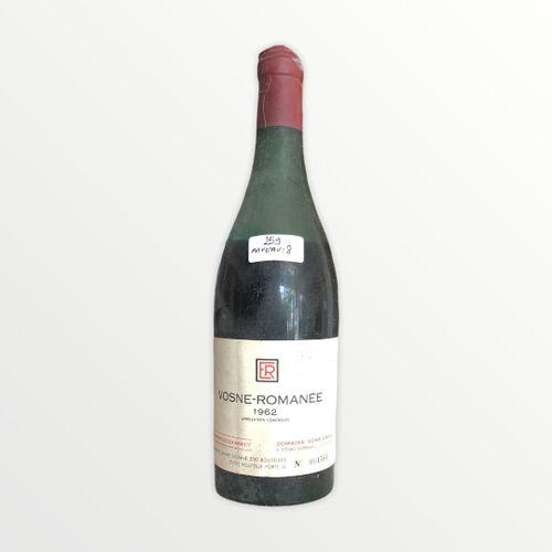 Domaine René Engel, Vosne Romanée 1962, niveau 8 cm, étiquette tachée