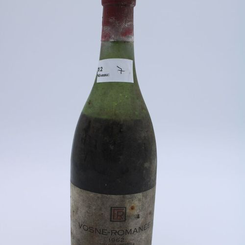 Domaine René Engel, Vosne Romanée 1962, niveau 7.2 cm, étiquette tachée,