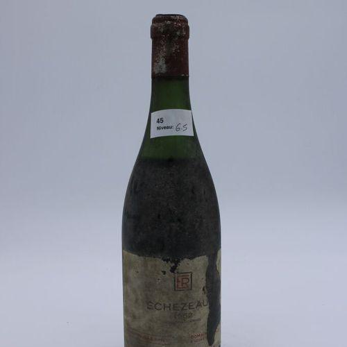 Domaine René Engel, Echezeaux 1962, niveau 6.5 cm, étiquette tachée, manques cap…