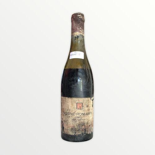 Domaine René Engel, Vosne Romanée 1962, niveau 8 cm , étiquette tachée et déchir…