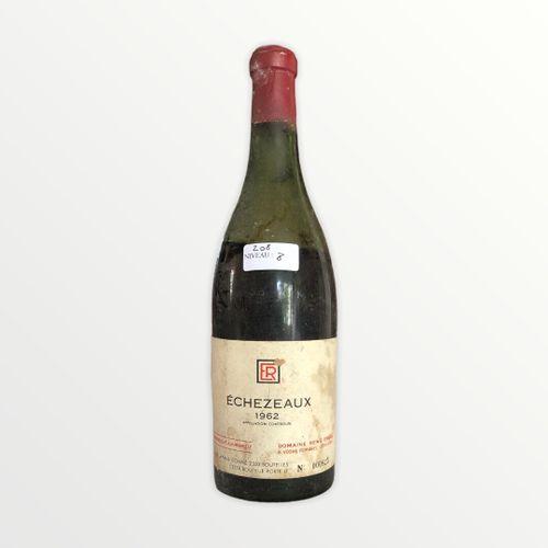 René Engel酒庄,Echézeaux 1962年,水平8厘米,标签上有污点,胶囊被腐蚀了