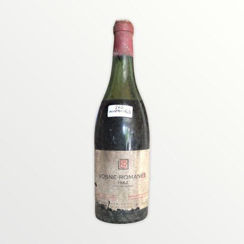 Domaine René Engel, Vosne Romanée 1962, niveau 6.5 cm, étiquette tachée et déchi…