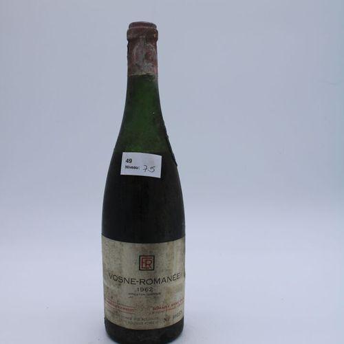 Domaine René Engel, Vosne Romanée 1962, niveau 7.5 cm, étiquette tachée capsule …