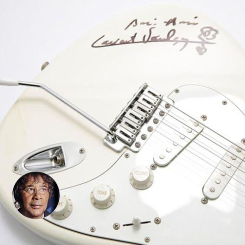 Laurent Voulzy Laurent Voulzy offre une guitare dédicacée. Guitare électrique de…