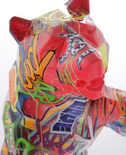 Richard Orlinski Standing Wild Bear , 2017 Sculpture. Résine et peinture acryliq…