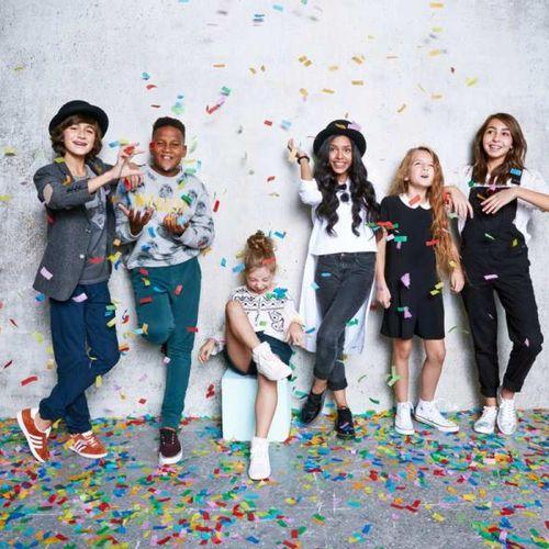Kids United Les KIDS UNITED offrent un lot comprenant : 4 places de concert VIP …