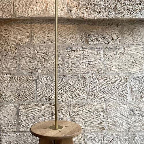 "Jeremy Maxwell Wintrebert Cloud stool, Glass 39 x 143 cm, total height: 174 cm ""…"