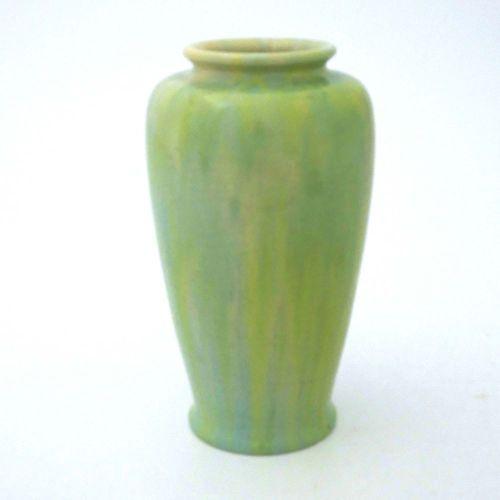 Pilkington, un vase Royal Lancastrian à glaçure nuageuse ou de transmutation, 19…