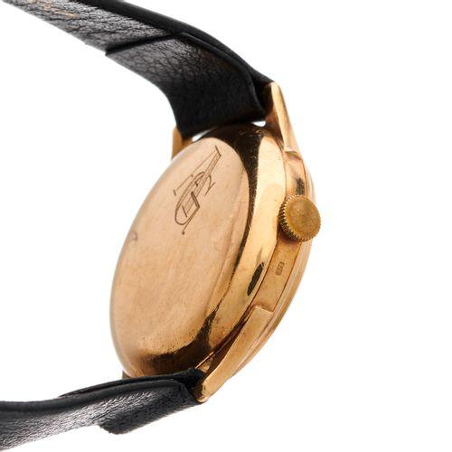 Longines, montre bracelet en or 9ct du milieu du XXe siècle, référence 4242, mou…