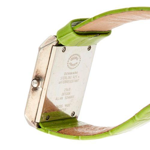 Georg Jensen, une montre bracelet en argent, référence 2363, mouvement à quartz,…