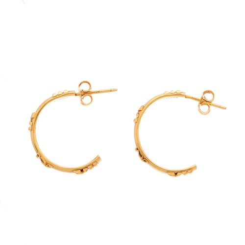 Tiffany & Co., une paire de boucles d'oreilles Atlas en or 18ct, marques de fabr…
