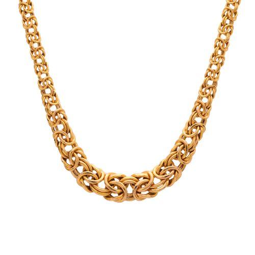 Un collier à maillons fantaisie gradués en or 9ct, avec fermoir mousqueton, long…