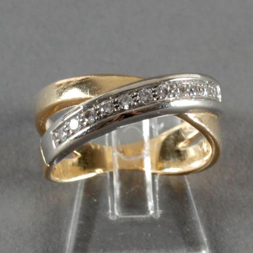 Ring mit 11 Brillanten, 750er GG und WG, ,zwei sich kreuzende Ringschienen mit 1…