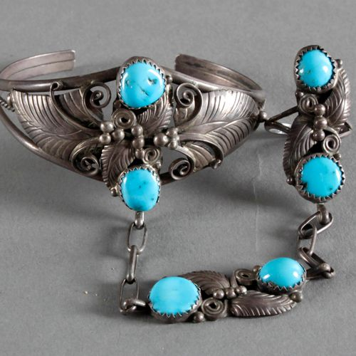 Indianischer Silberschmuck mit Türkisbesatz, Silber 20. Jh., ,Armreif mit Ring d…