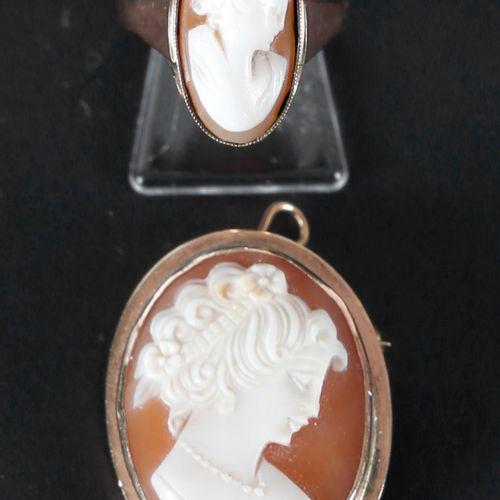 Brosche mit Muschelkamee und passendem Ring, 585er GG, ca. 1880 1900, ,Brosche m…