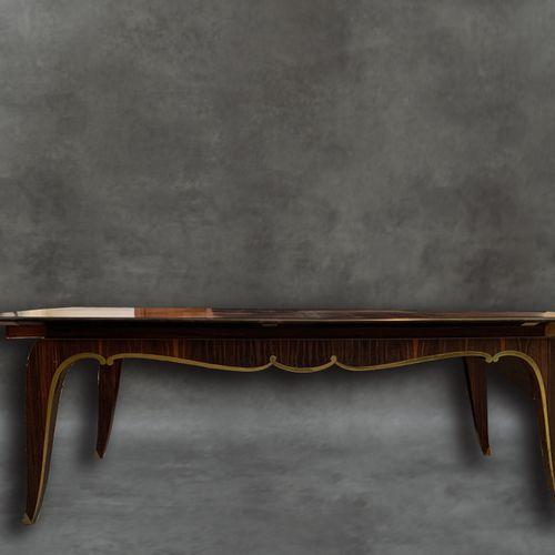 Table Art Déco Ebène de Macassar Belle table de salle à manger Art Déco. Ebène d…