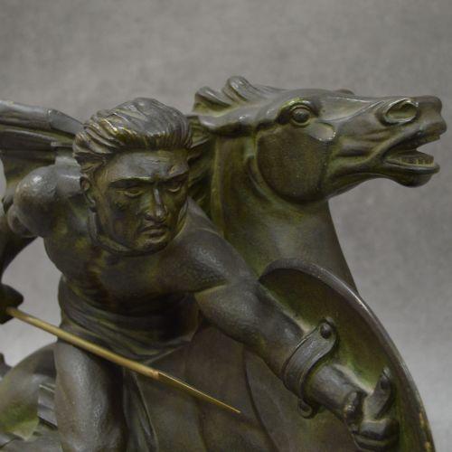 S.M. DE VOLTERRA (vers 1930) Très belle sculpture signée S.M. De Volterra . Le G…